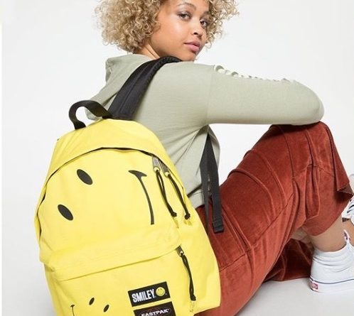 eastpak-smiley